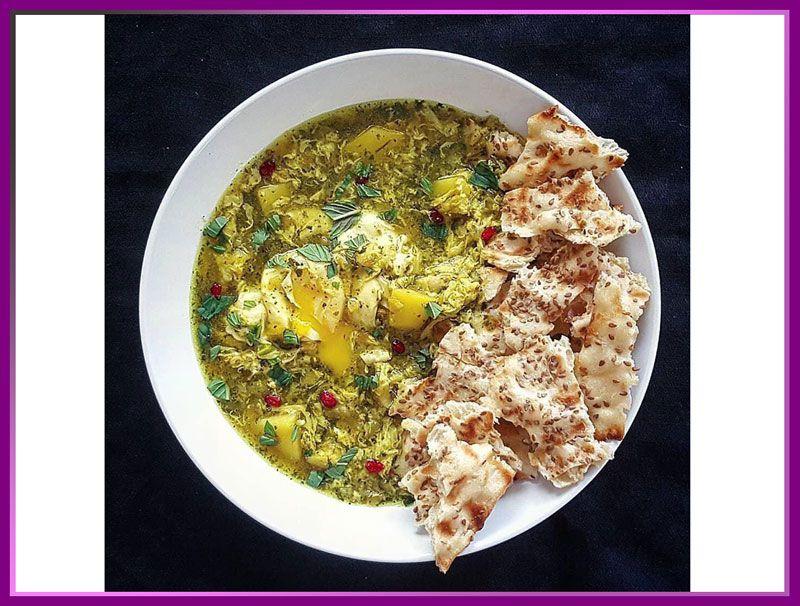 اشکنه شیرازی از غذاهایی که در شیراز به سبک آنجا پخته می شود.